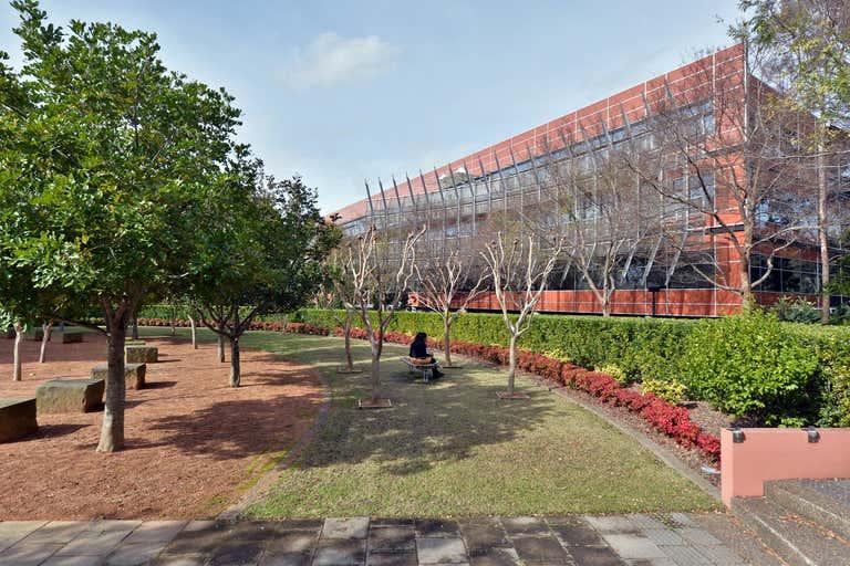 Quad Business Park, 102 Bennelong Parkway Sydney Olympic Park NSW 2127 - Image 1