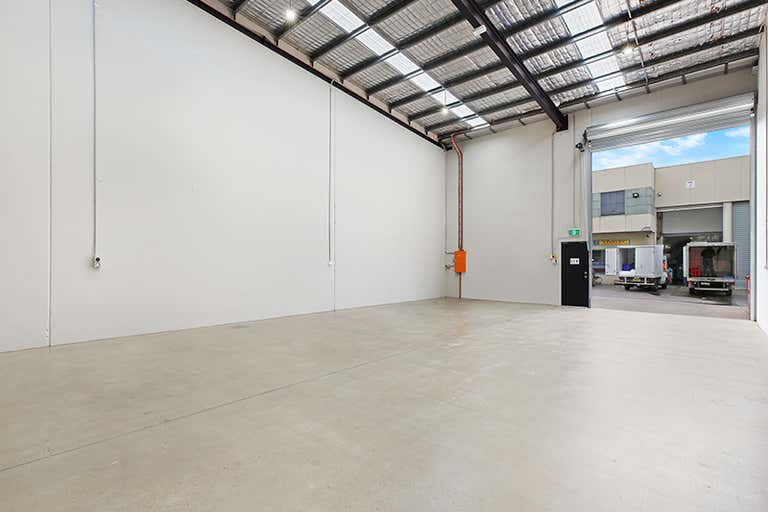 Unit 2, 2A Burrows Road St Peters NSW 2044 - Image 2