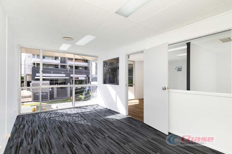 5/100 Campbell Street Bowen Hills QLD 4006 - Image 1