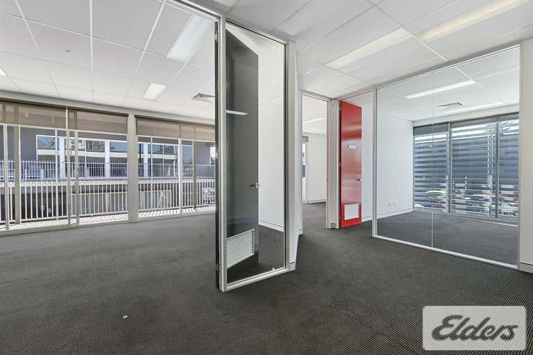 2/8 Mowbray Terrace East Brisbane QLD 4169 - Image 2