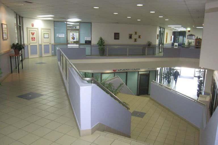 Suite 17, 12-20 Toogood Road Woree QLD 4868 - Image 2