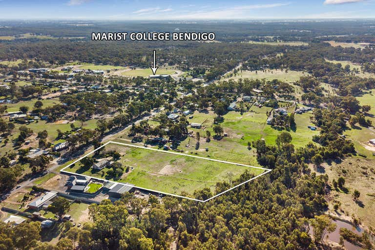 28 Golf Links Road Maiden Gully VIC 3551 - Image 2