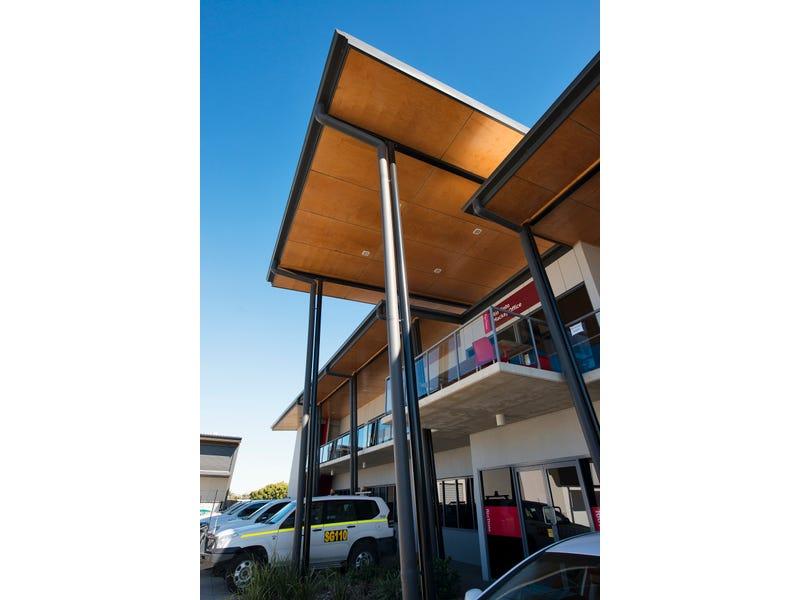 North Mackay Central, 25-29 Evans Avenue, North Mackay, Qld 4740