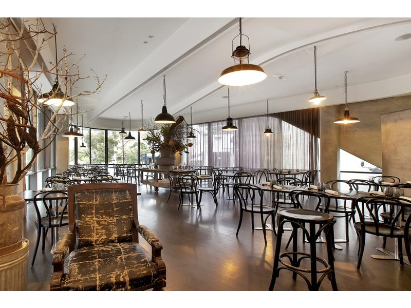 Iconic Ready To Operate Restaurant Bar Licence Potts Point