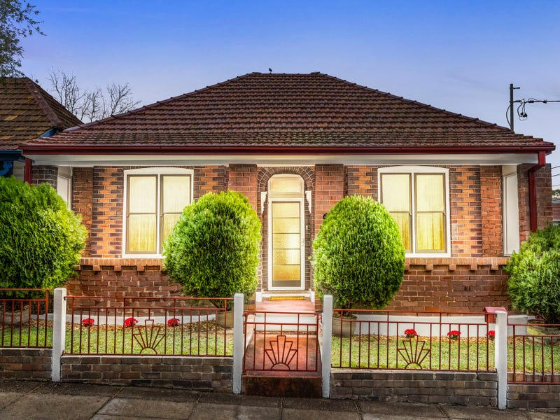 76 Station Street, Tempe, NSW 2044