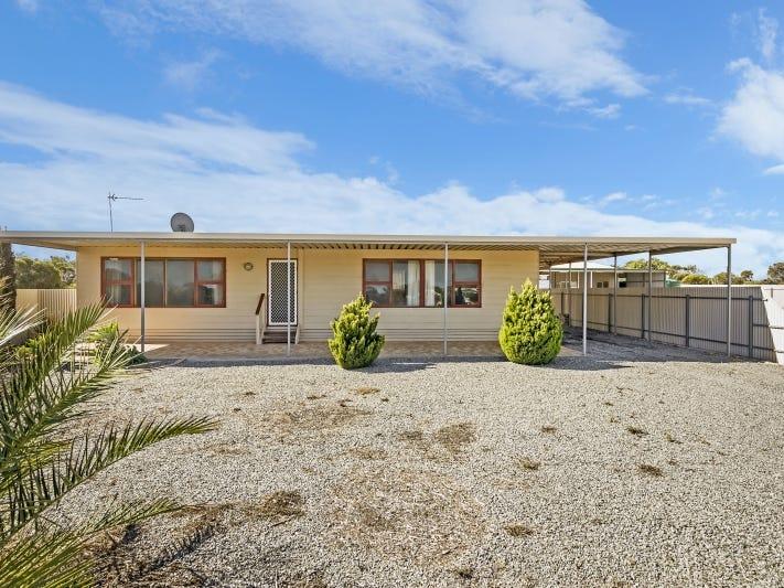 47 Flinders Hwy, Port Kenny, SA 5671