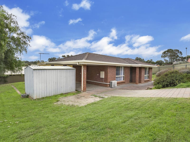 24 Lorne Crescent, Huntfield Heights, SA 5163