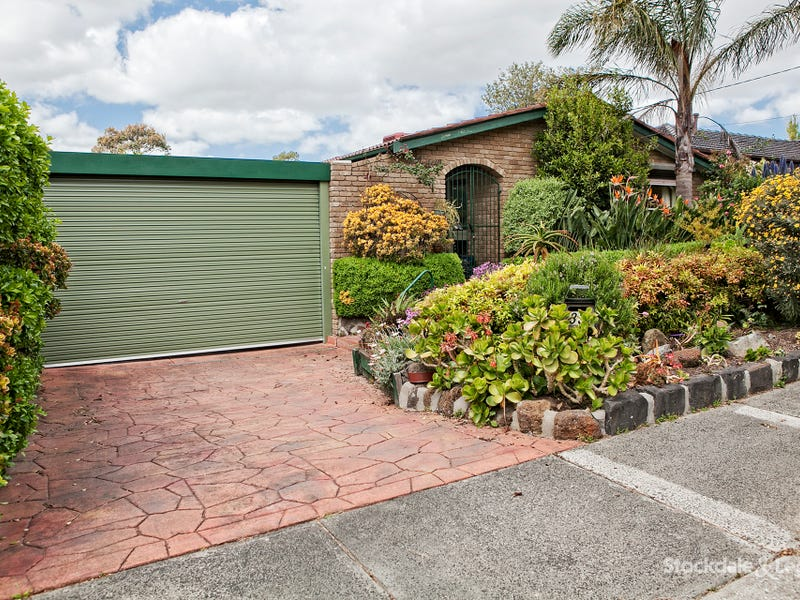 33 Sherwood Cres, Dandenong North, Vic 3175