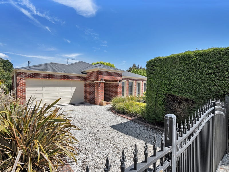 14 Bald Hills Road, Creswick, Vic 3363