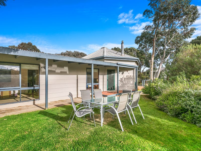 3/2-4 Barton  Court, Aireys Inlet, Vic 3231