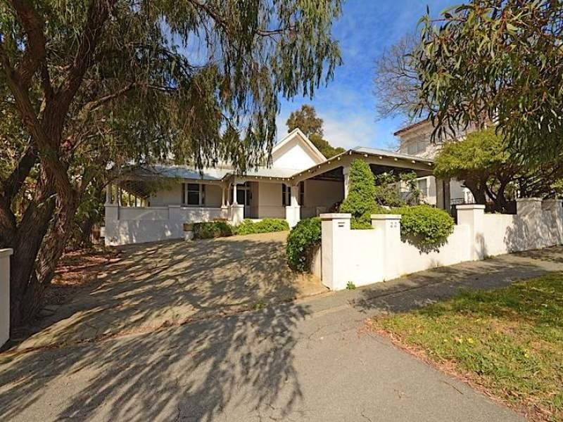 22 Windsor Road, East Fremantle, WA 6158