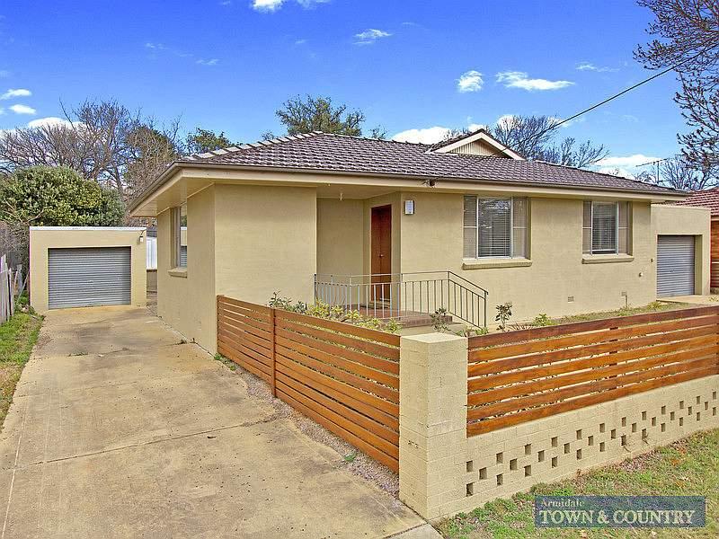 9 St Andrews Avenue, Armidale, NSW 2350