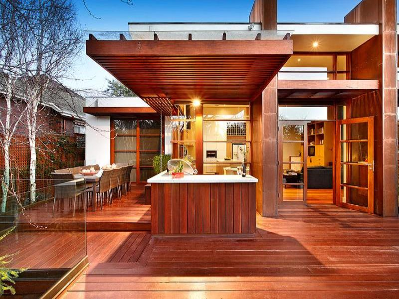 Outdoor living design with glass balustrade from a real ... on Aust Outdoor Living id=35979