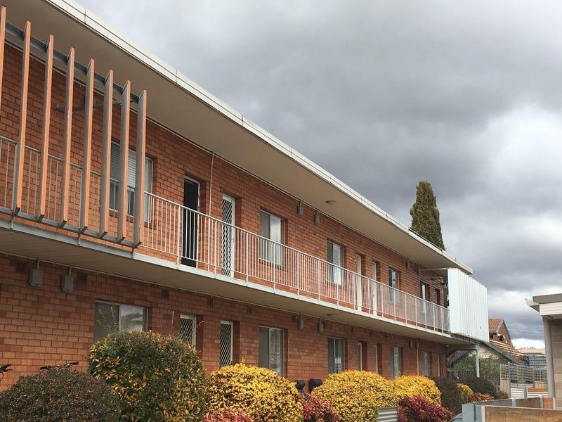 4/20 Charles Street, Queanbeyan, NSW 2620