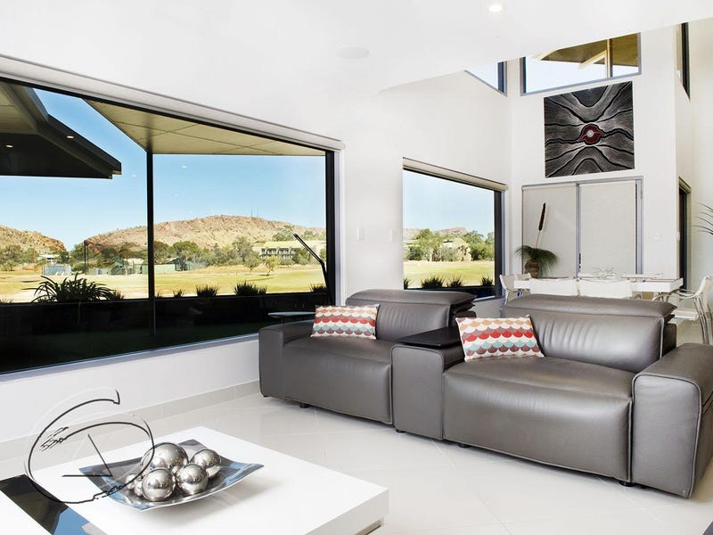 157 Cromwell Drive, Desert Springs, NT 0870