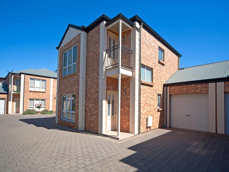 2/49 Adelaide Terrace, Ascot Park, SA 5043